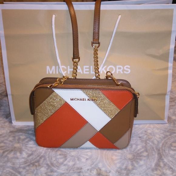 441a2f4fc375 Michael Kors Bags | Crossbody | Poshmark